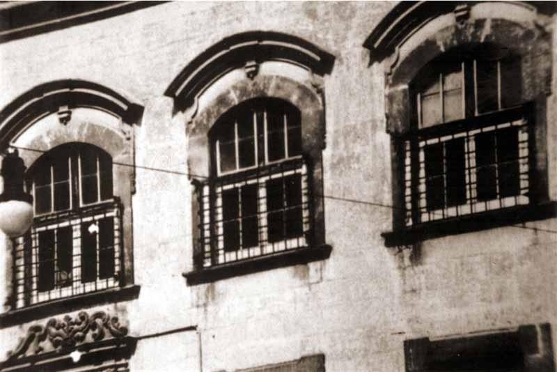 Convento delle benedettine prospetto - Finestre prospetto ...