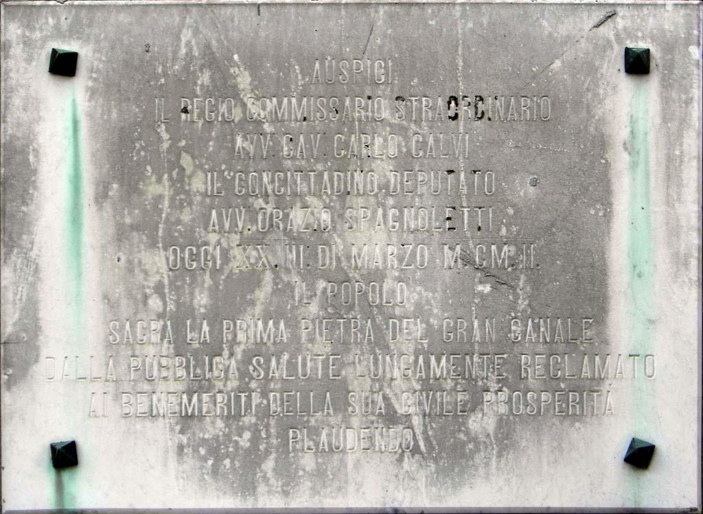 Documenti 1886 igiene il canale di porta la barra for Disegni della barra del garage